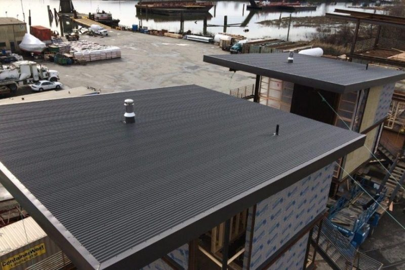 20 gauge steel roof home