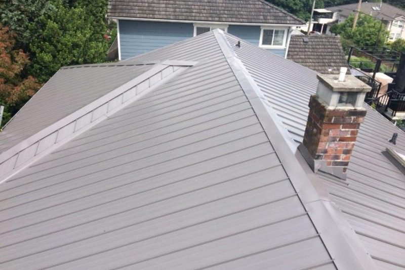 metal roofing installer for house