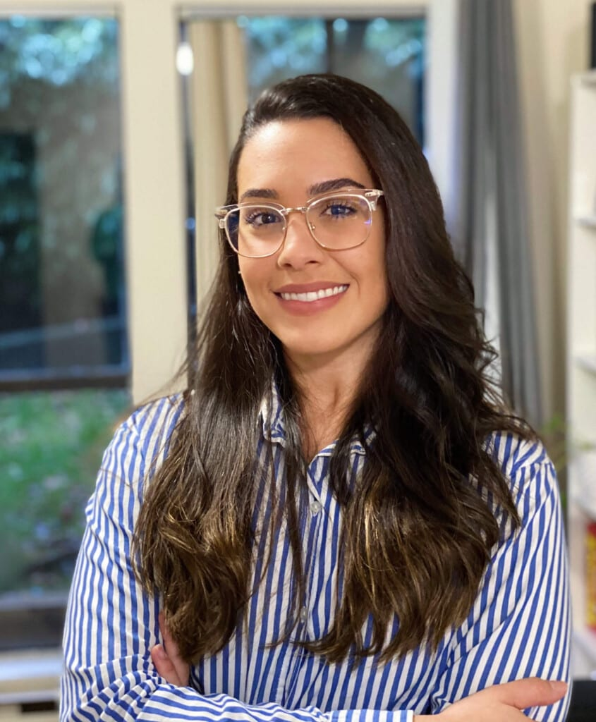 Tatyana Escobar immigration consultant.